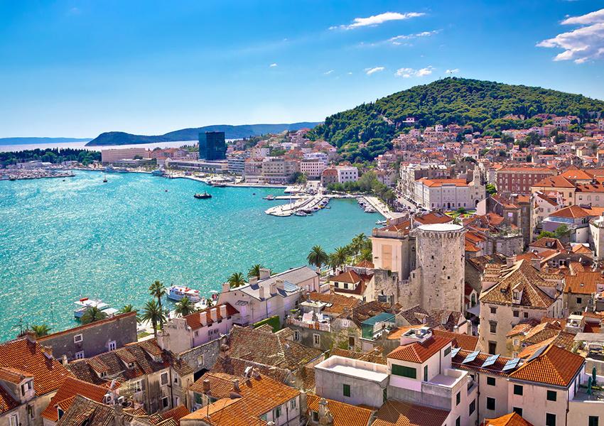 Хорватия разрешает внутренние перемещения