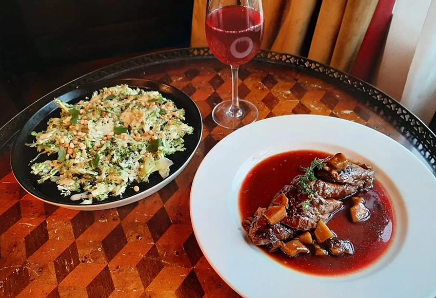 Ресторан на дому: спешите попробовать гастрономические сеты от лучших заведений столицы с доставкой