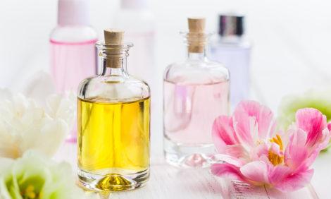 #PostaЭксперты. Звезда ароматерапии Анусати Тумм: как эфирные масла избавляют от стресса и помогают пережить самоизоляцию