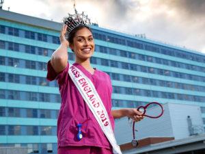 Women in Power: «Мисс Англия — 2019» вернулась к работе врача в разгар пандемии коронавируса