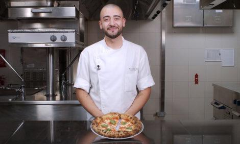 #PostaЭксперты: готовим «Маргариту» вместе с пиццайоло Bvlgari Hotel DubaiФедерико Золофра