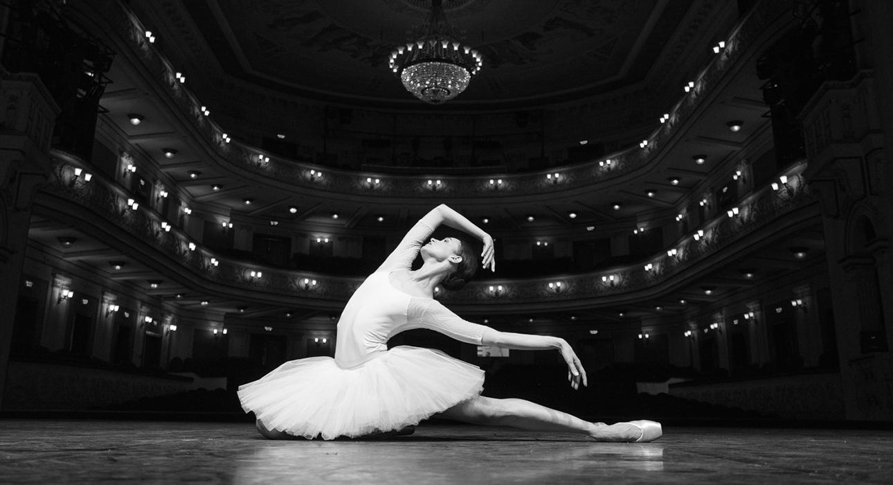 #МеждународныйДеньТанца. «Я горжусь абсолютно каждой ролью прошлого сезона»: интервью с Инной Билаш, солисткой Цюрихского театра Оперы и Балета