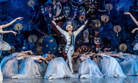 #PostaDance: 10 апреля Большой театр покажет балет «Щелкунчик» онлайн