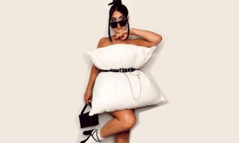 Платье-подушка: в Instagram набирает популярность новый тренд