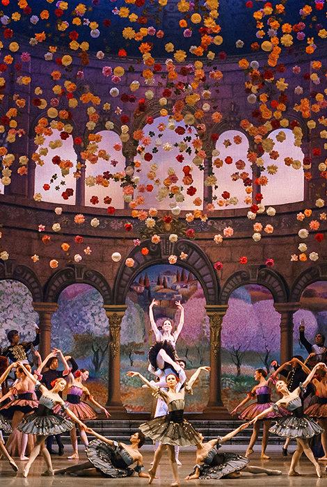 #PostaDance: 14 апреля Мариинский театр покажет балет «Бахчисарайский фонтан» в записи 2017 года