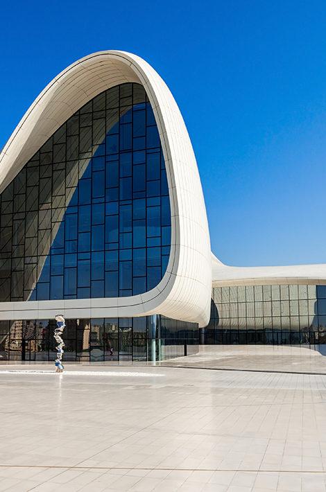 Виртуальная экскурсия к Центру Гейдара Алиева в Баку