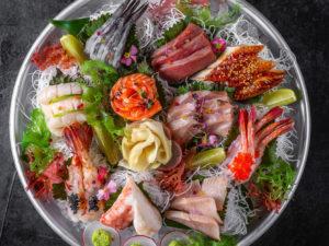 «ВкусВилл» и «Перекресток» начнут продавать блюда ресторанов