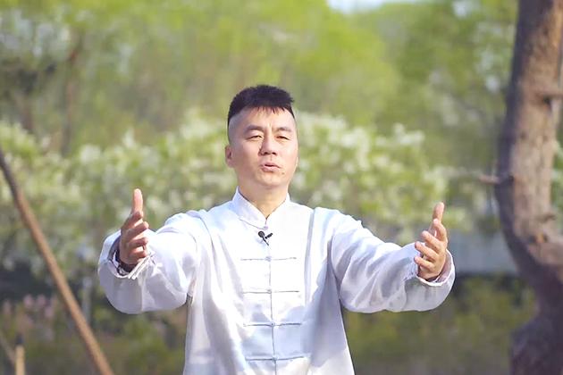 #PostaЭксперты: уроки тайчи господина Хао