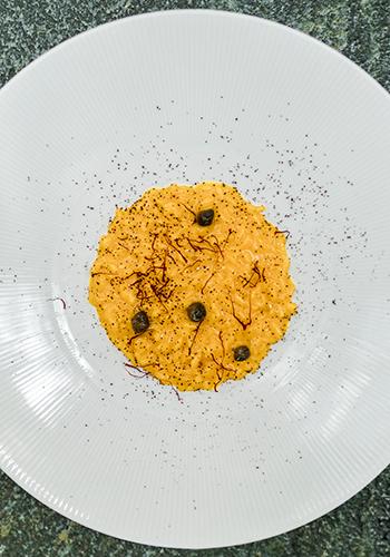 Рецепт ризотто с шафраном, каперсами и шоколадной крошкой