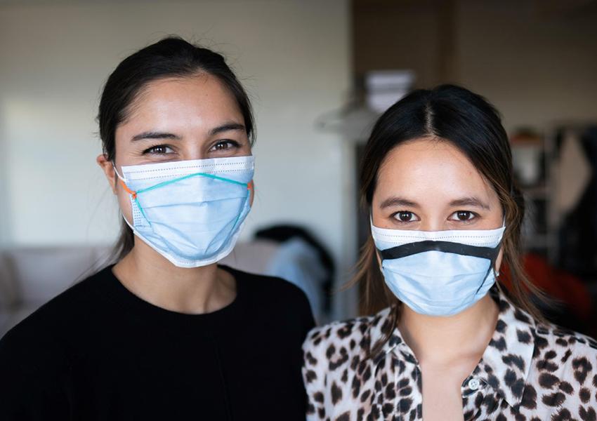 Превратить медицинскую маску в более надежное средство защиты поможет лайфхак