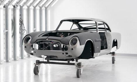 Aston Martin возобновляет производство самого знаменитого автомобиля в мире