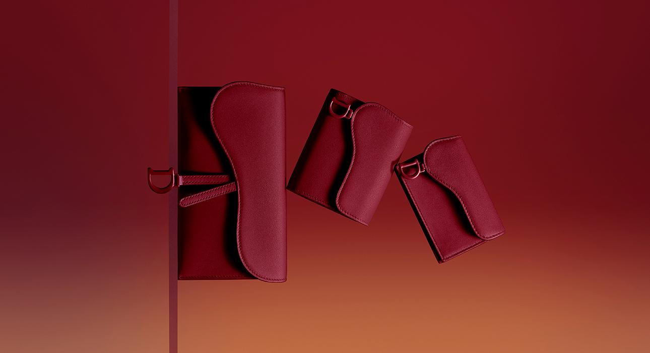 Объект желания: Ultra-Matte — новая коллекция сумок и аксессуаров Dior