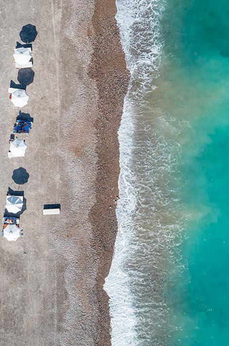 Путешествия после пандемии. 7 причин отправиться летом в Черногорию и 3 отеля на наш выбор