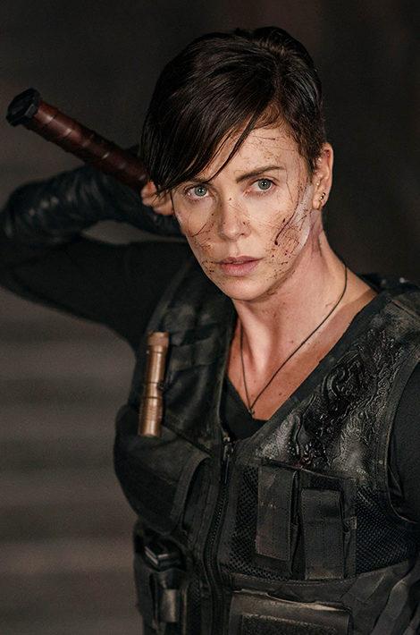 Netflix показал трейлер нового фантастического боевика c Шарлиз Терон