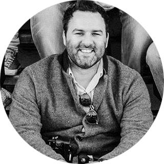 Дэвид Констабль (@davidjconstable) — британский журналист, чьи работы регулярно публикуются в Condé Nast Traveller, Tatler, The Independent, The Huffington Post, Jamie Oliver, The South China Morning Post, Cook_inc., Fine Dining Lovers and Bangkok 101. В настоящий момент находится в Кенте.