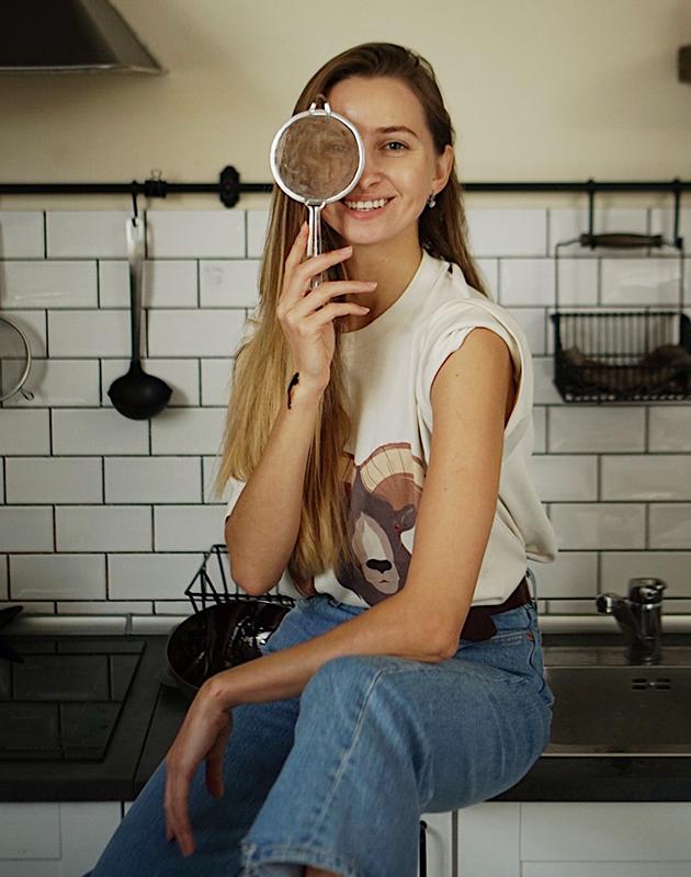 Алена Андреасян — соосновательница и концепт-шеф кафе «Без Рецепта», автор кулинарных книг