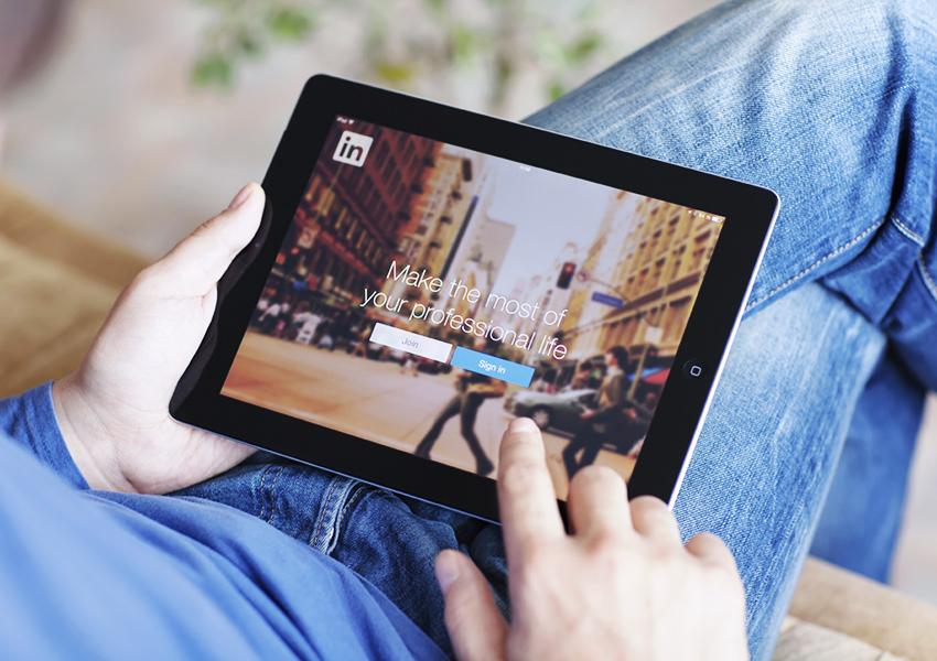 #PostaБизнес: LinkedIn — развеиваем главные мифы и объясняем, почему это сеть для настоящих профессионалов