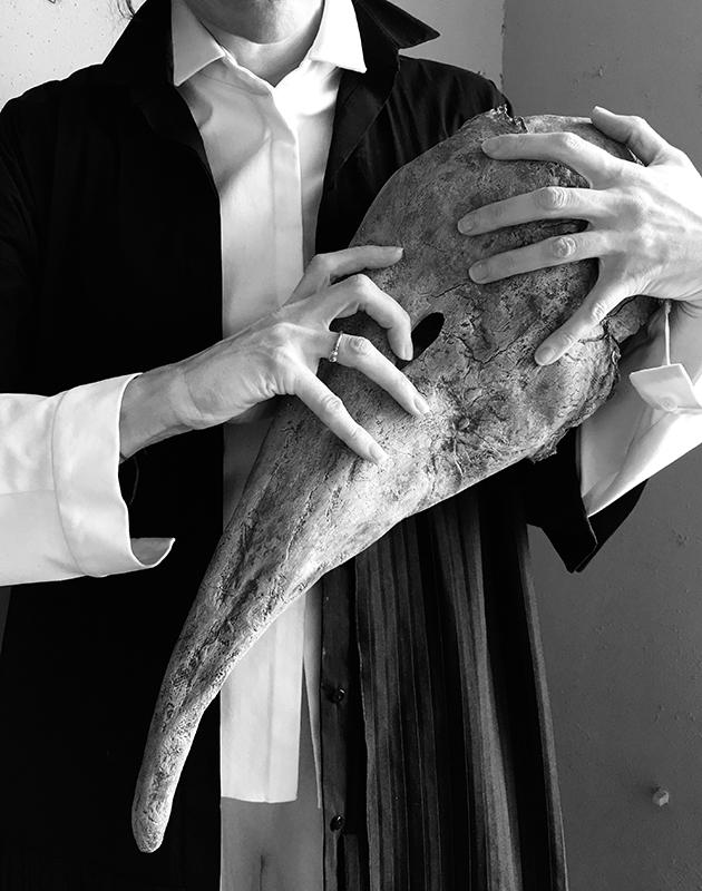 Ксения Раппопорт в лукбуке новой весенне-летней коллекции Tegin