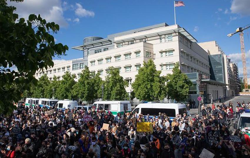 Протесты в США: фото, которые не публикуют мейнстримные СМИ