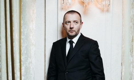 КиноБизнес изнутри с Ренатой Пиотровски: Алексей Агранович — о премиях, сущности кинематографа и крае света