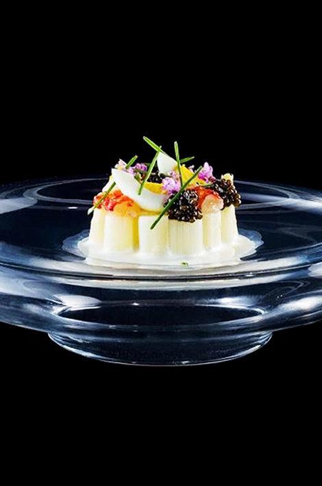 Едим дома: интерактивный онлайн-ужин «Гонконгский экспресс» Анатолия Казакова и Агустина Бальби 4 июня