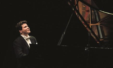 Денис Мацуев даст концерт без публики в «Зарядье»
