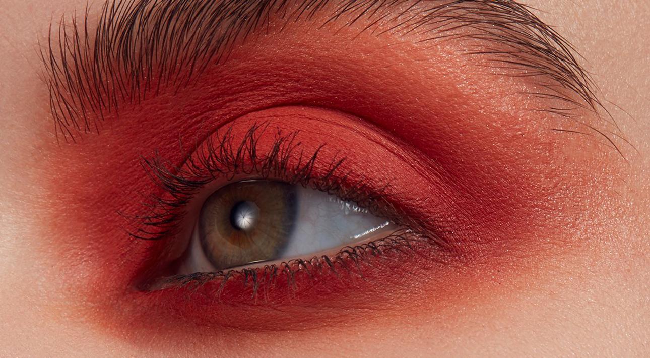 Делаем макияж дома: распространенные ошибки, которые можно избежать