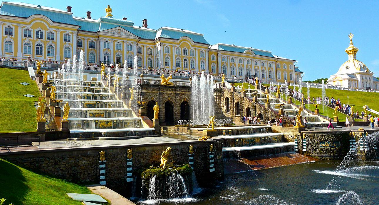 Когда откроются парки и фонтаны Петергофа?