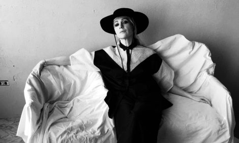 Ксения Раппопорт снялась для лукбука новой весенне-летней коллекции Tegin