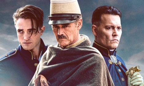 Опубликован трейлер фильма «В ожидании варваров» с Джонни Деппом и Робертом Паттинсоном