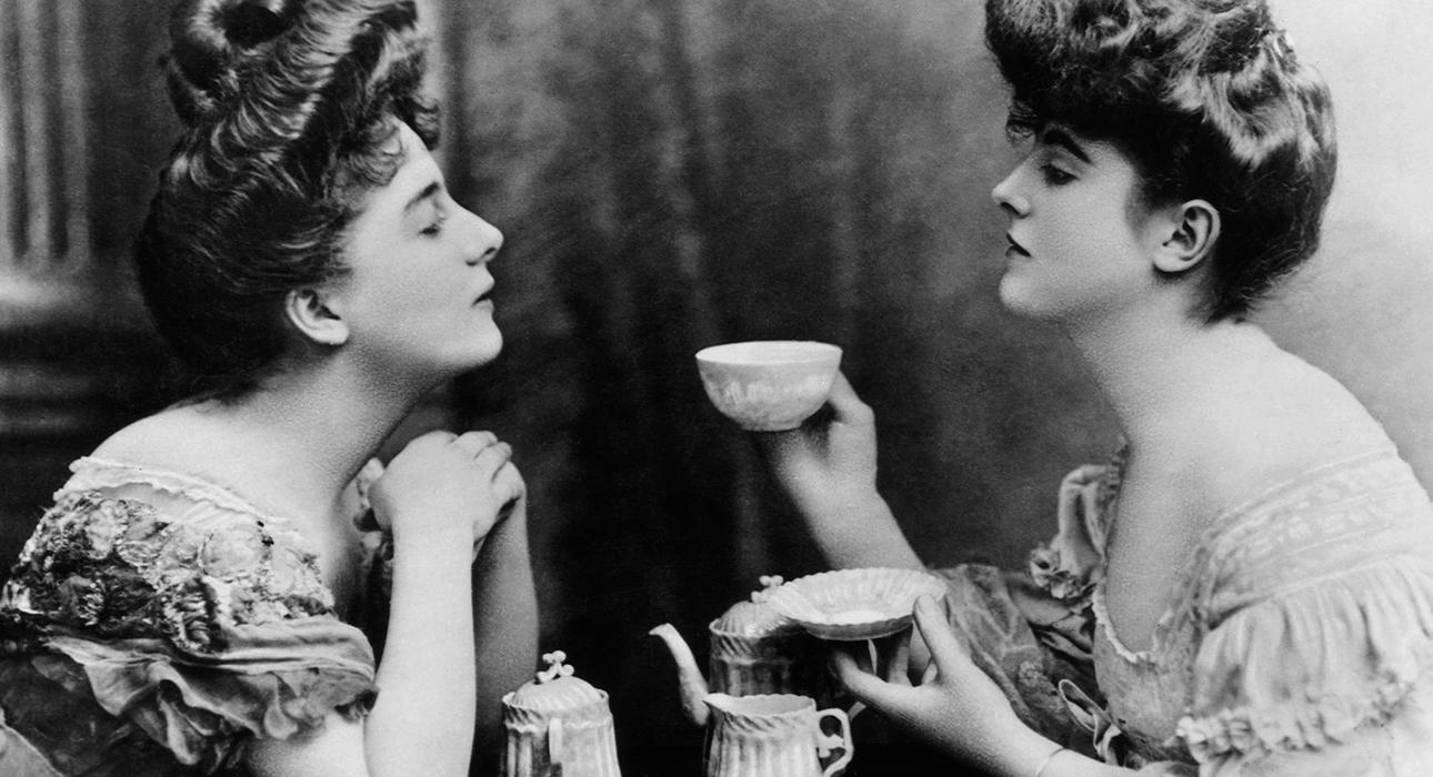 Женщины пьют чаще мужчин: виноват — эстроген