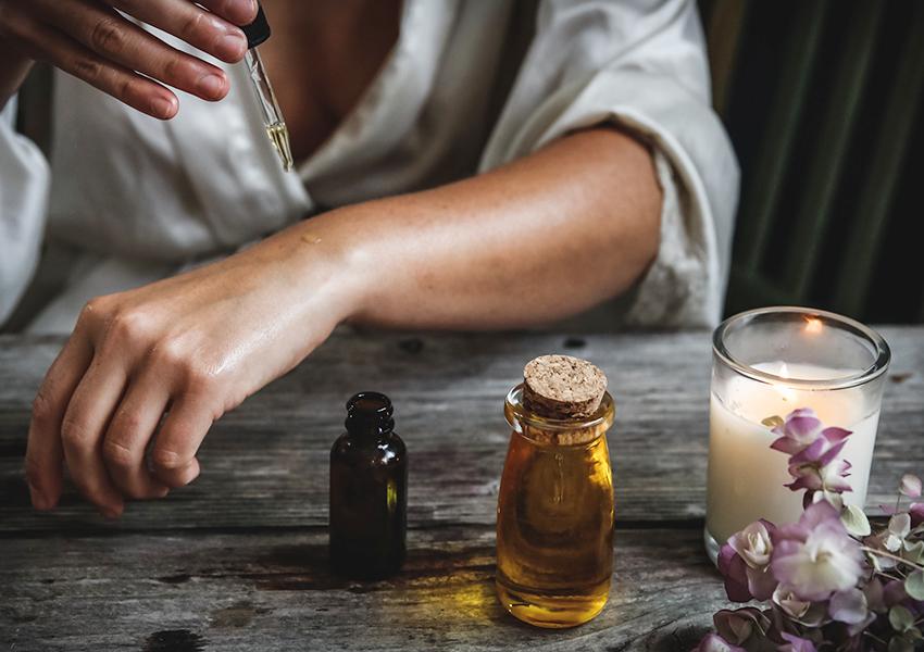 #PostaЭксперты: ароматерапевт Анусати Тумм о том, что такое аромадетокс и как провести его правильно и приятно