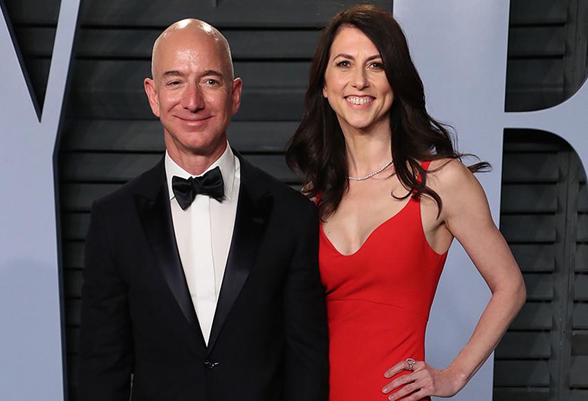 Экс-супруга основателя компании Amazon Маккензи Безос стала самой богатой женщиной в США