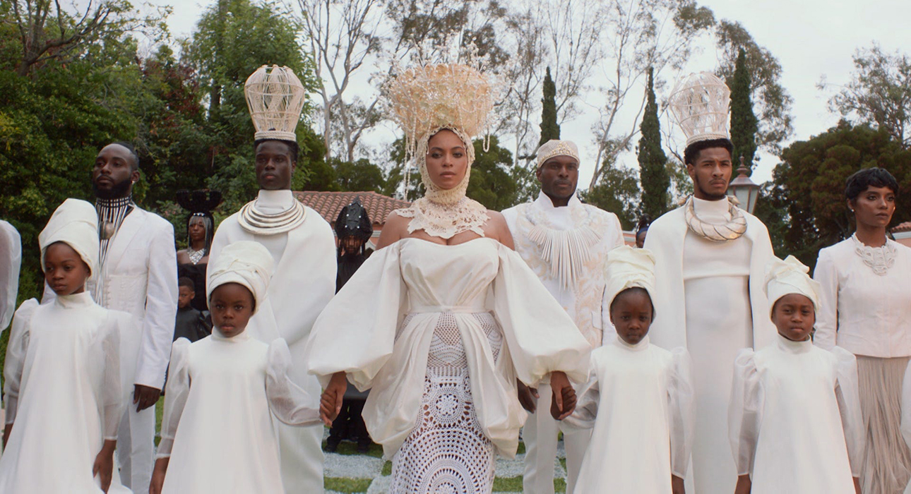 Красота и наследие африканского народа: Бейонсе выпустила визуальный альбом Black Is King
