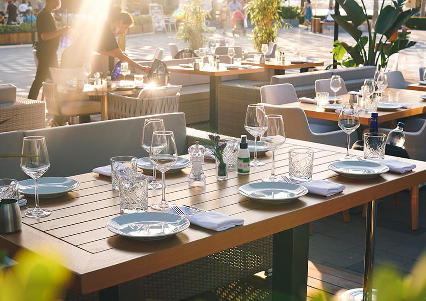 В Yalikavak Marina открылось сразу два ресторана Novikov Group