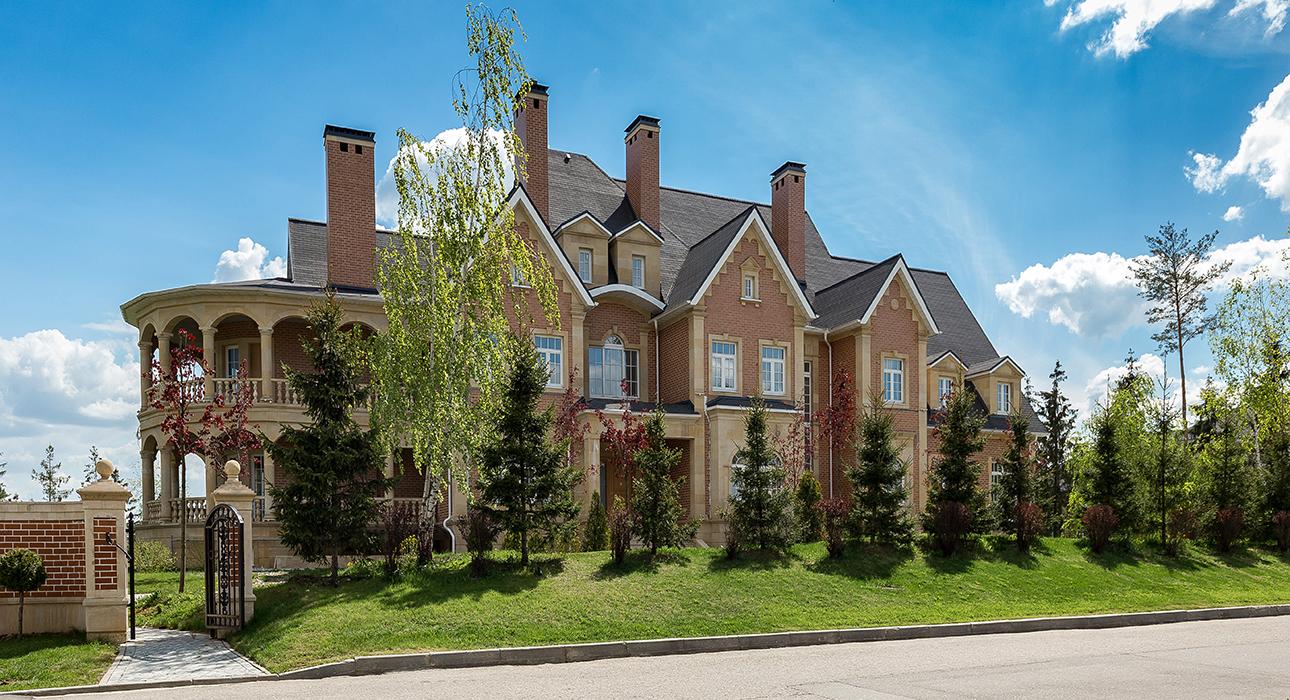 Agalarov Estate. Резиденция в английском стиле