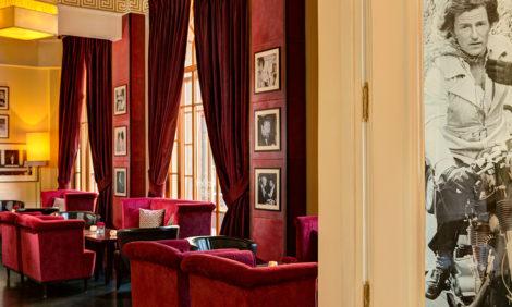 Питер Weekly: «Астория» объявляет конкурс для художников на создание серии образов отеля