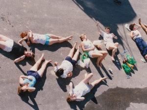 Скандинавский бодипозитивизм и хруст ломающихся макарон: что смотреть на фестивале документального кино Beat Film Festival?