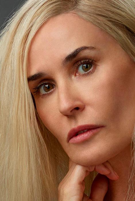 Фото дня: дивный новый мир, или Как Деми Мур перекрасилась в блондинку