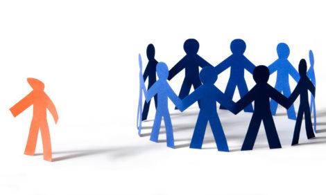 #PostaБизнес: как справляться с дискриминацией по национальному или гендерному признакам при приеме на работу?