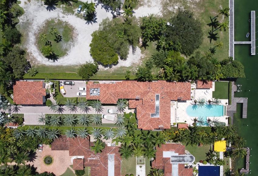 Новый дом Джей Ло и Алекса Родригеса в Майами стоил им 40 миллионов долларов — и он похож на целый курорт