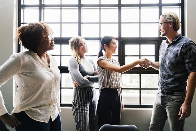 Нетворкинг с HR и рекрутерами: как построить сеть контактов