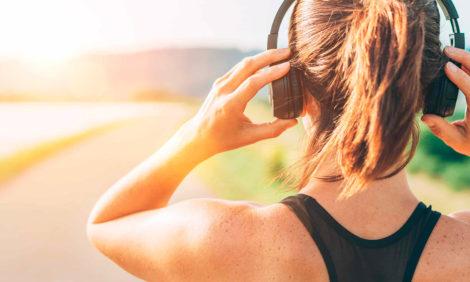 Какие аудиокниги слушают россияне во время занятий спортом — совместное исследование MyBook и FITMOST