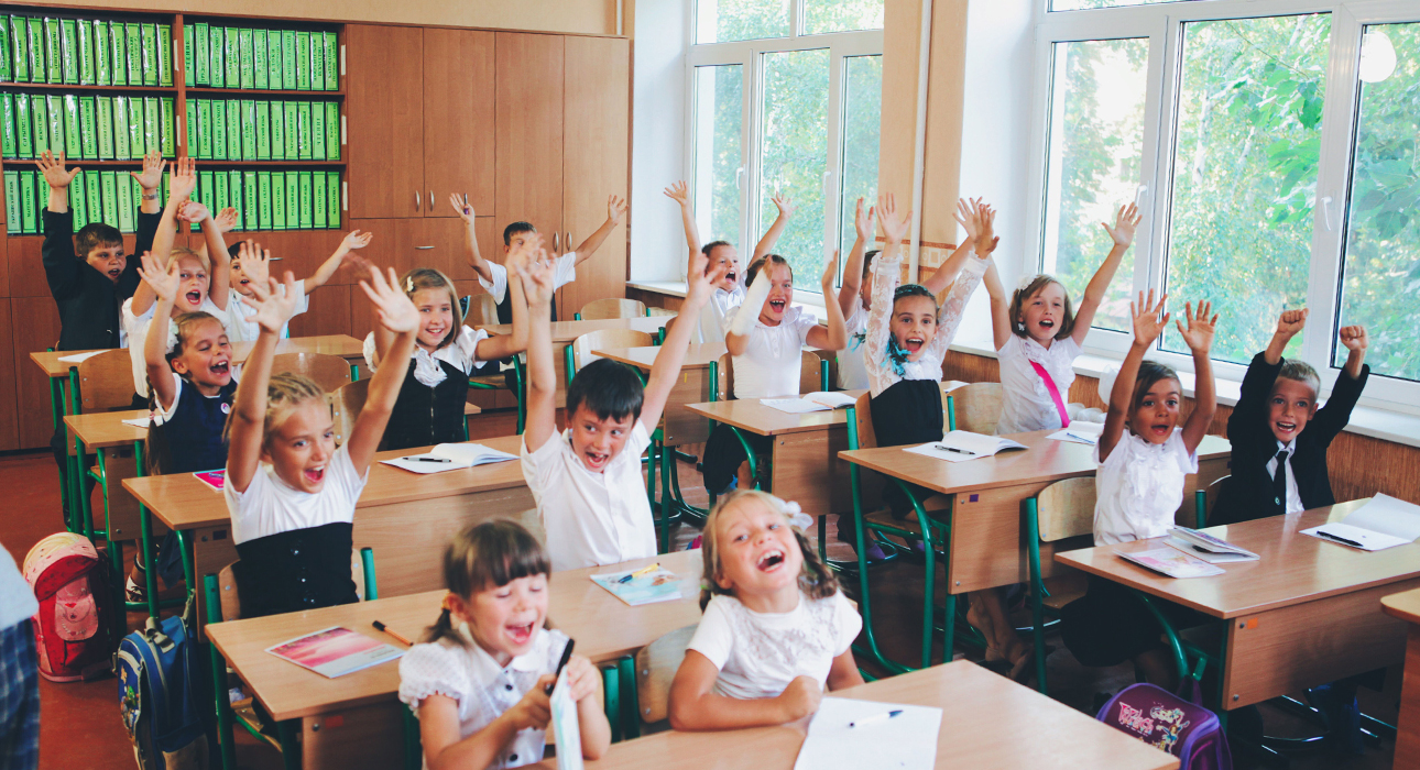 Учеба в школе в период пандемии безопасна для детей, утверждают в британском министерстве здравоохранения