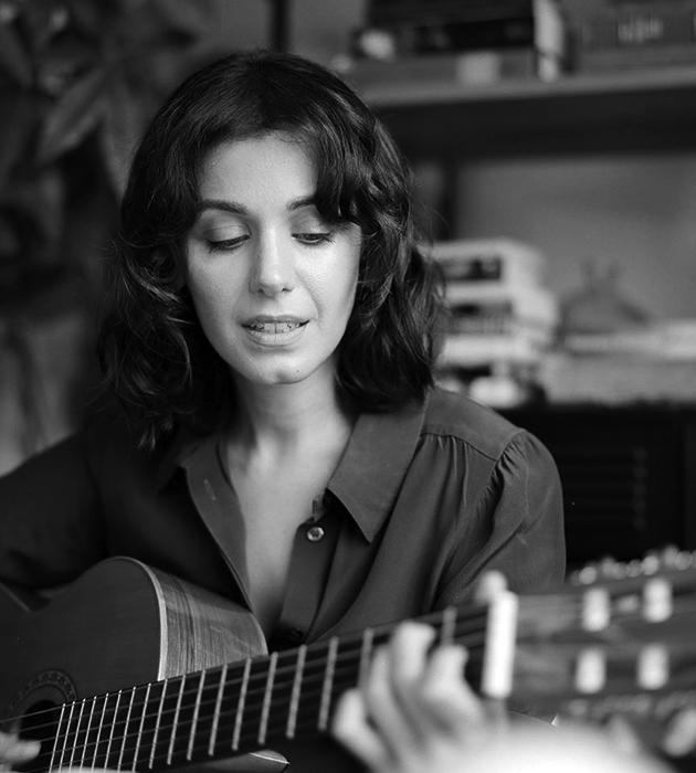 «Люди сразу чувствуют фальшь»: певица Кэти Мелуа — о работе над новым альбомом, карантине и славе