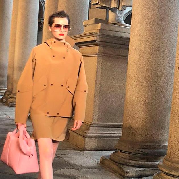 Max Mara представили на Миланской неделе моды удивительно цельную в своей эклектичности коллекцию весна-лето 2021