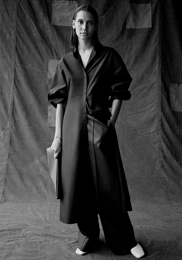 COS выпустил лукбук с необычными моделями — известными личностями из мира моды, искусства, спорта и активизма