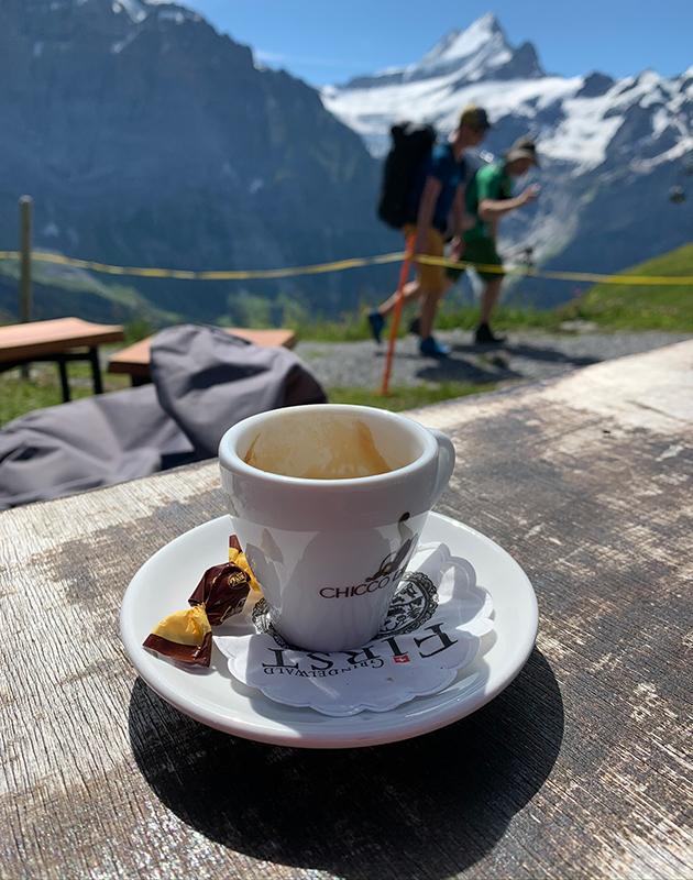 #PostaTravelNotes: Екатерина Земцова — о кемпинге в Швейцарских Альпах и золотых правилах для юного альпиниста