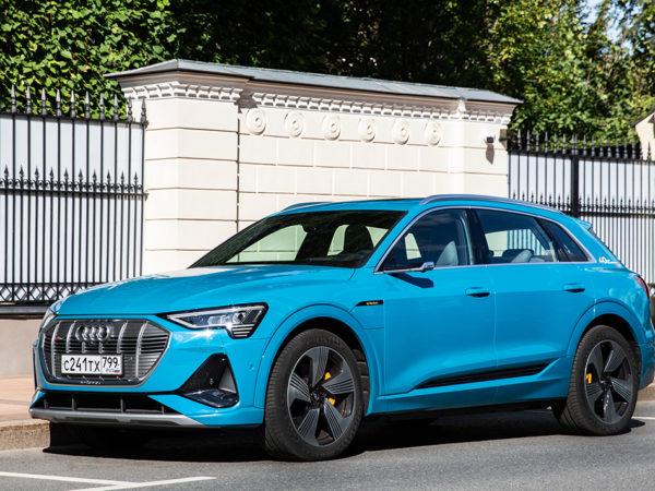 Авто с Яном Коомансом:<br> тест-драйв Audi e-tron