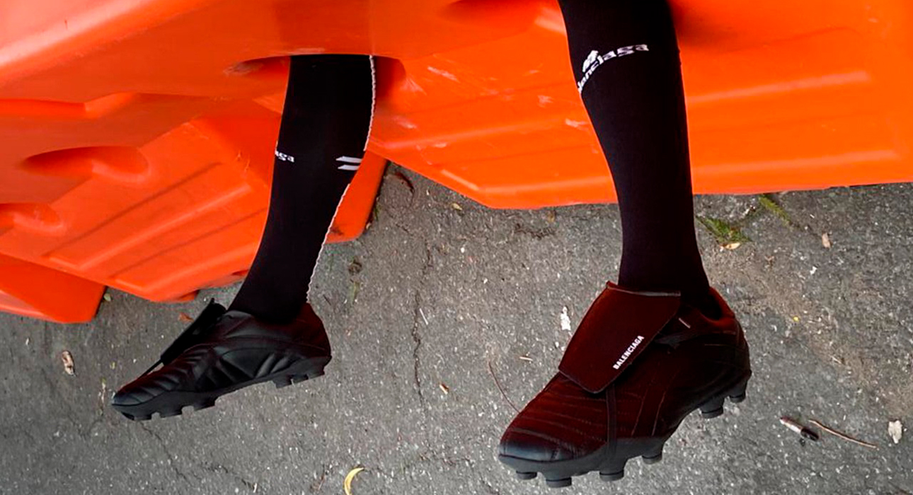 Sport&Glam: новые футбольные бутсы Balenciaga можно носить каждый день